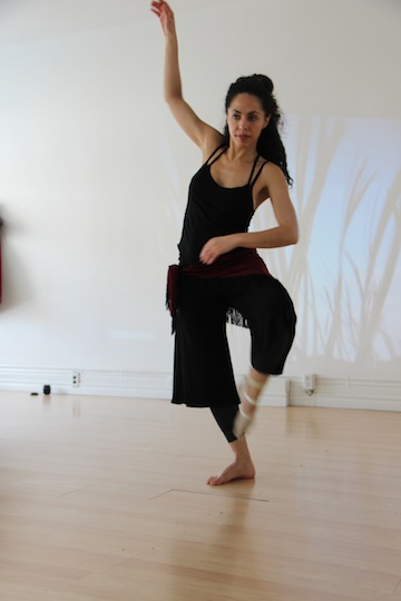 Generating sound through leg movements and foot pressure